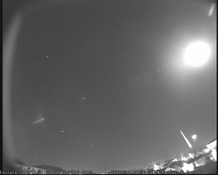 Fireball 2018.10.21_22.28.48 ± 1 U.T. M2018112