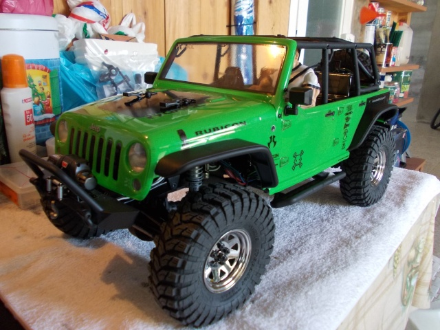 Axial scx10 Jeep Wrangler Unlimited Rubicon KIT - Página 3 03910
