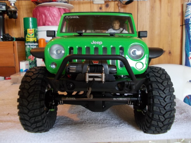 Axial scx10 Jeep Wrangler Unlimited Rubicon KIT - Página 2 04110