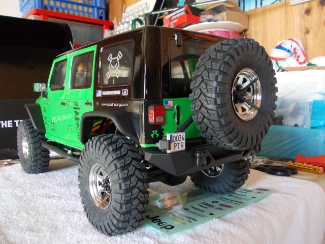 Axial scx10 Jeep Wrangler Unlimited Rubicon KIT - Página 3 04610