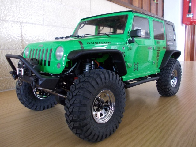 Axial scx10 Jeep Wrangler Unlimited Rubicon KIT - Página 2 04910