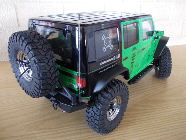 Axial scx10 Jeep Wrangler Unlimited Rubicon KIT - Página 3 05110