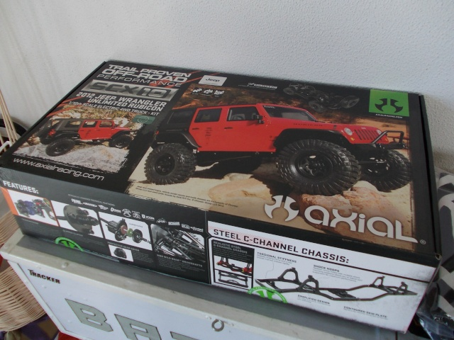 Axial scx10 Jeep Wrangler Unlimited Rubicon KIT Dscn8728
