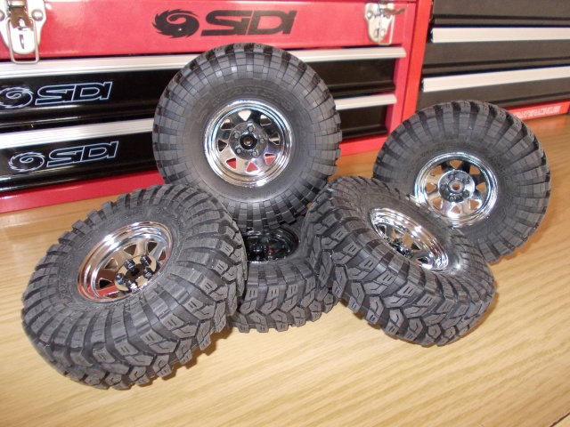 Axial scx10 Jeep Wrangler Unlimited Rubicon KIT Dscn8729