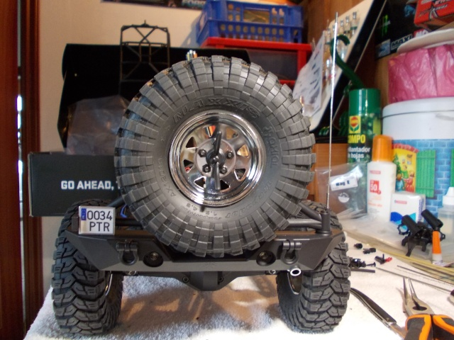 Axial scx10 Jeep Wrangler Unlimited Rubicon KIT - Página 3 Dscn8912
