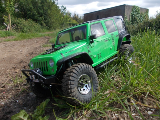 Axial scx10 Jeep Wrangler Unlimited Rubicon KIT - Página 4 Q110