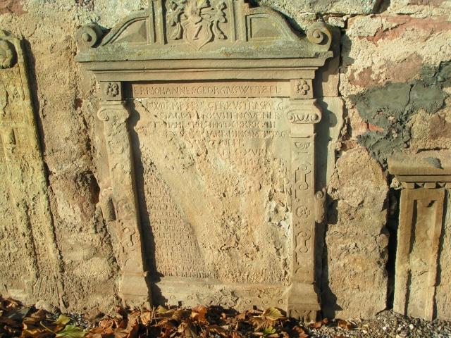 Monuments funéraires Pict0013
