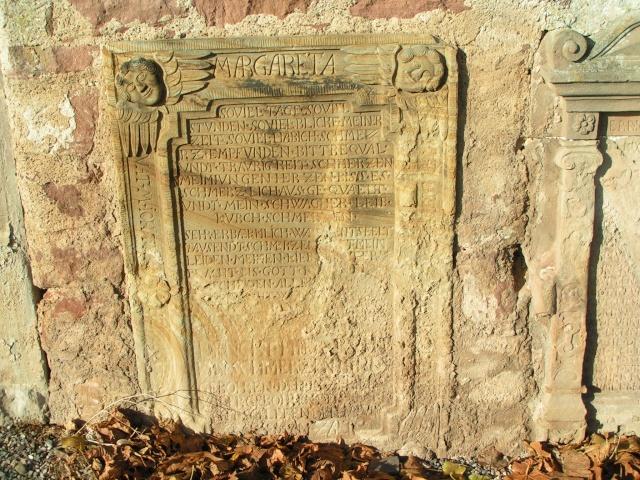Monuments funéraires Pict0014