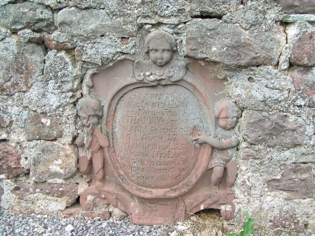 Monuments funéraires Pict0511