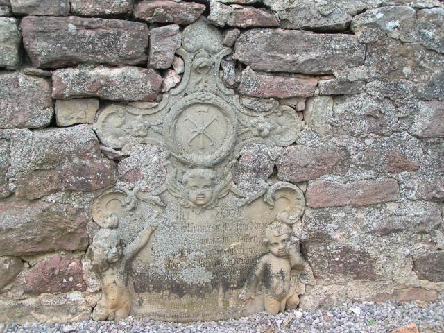 Monuments funéraires Pict0512
