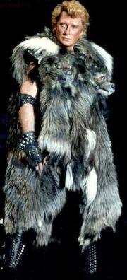 Quelques costumes de scene Costum38