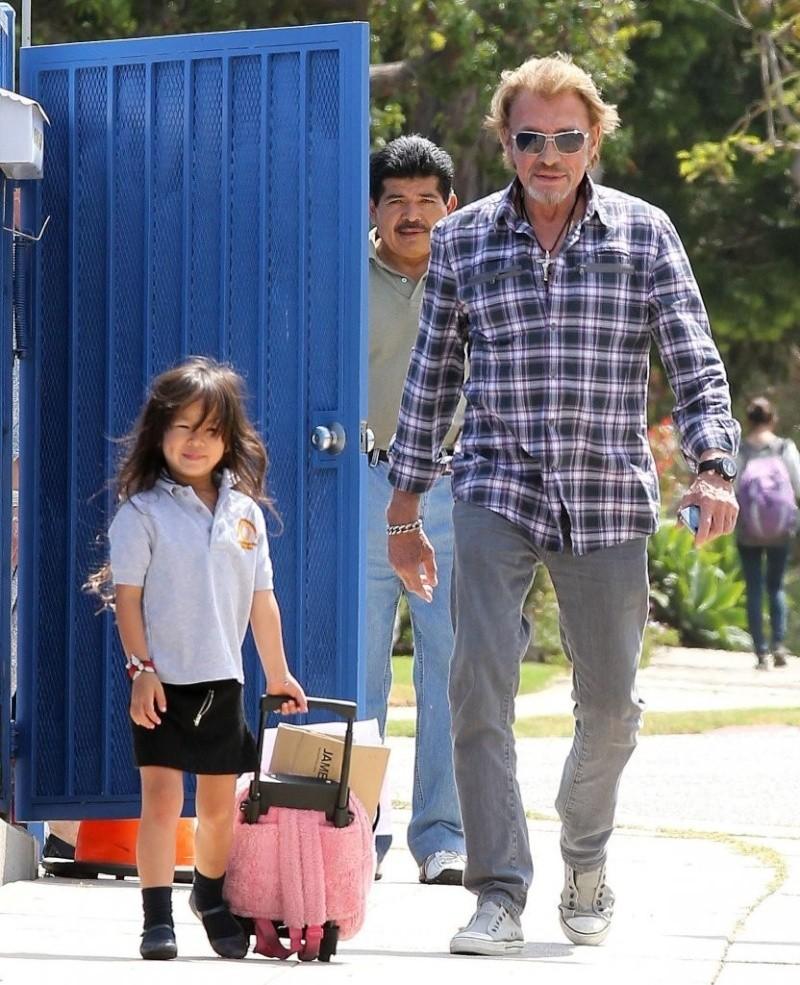Johnny et joy sortie d école Johnn265