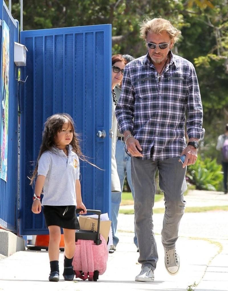 Johnny et joy sortie d école Johnn266