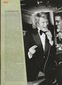 [livre]Johnny Hallyday 50 ans de scène et de passion Img_0874