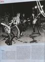 [livre]Johnny Hallyday 50 ans de scène et de passion Img_0878
