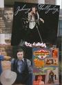 [livre]Johnny Hallyday 50 ans de scène et de passion Img_0923