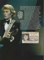 [livre]Johnny Hallyday 50 ans de scène et de passion Img_0973