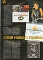 [livre]Johnny Hallyday 50 ans de scène et de passion Img_1206