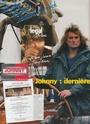 [livre]Johnny Hallyday 50 ans de scène et de passion Img_1220