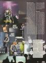 [livre]Johnny Hallyday 50 ans de scène et de passion Img_1276
