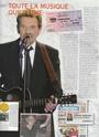 [livre]Johnny Hallyday 50 ans de scène et de passion Img_1287