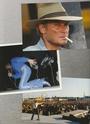 [livre]Johnny Hallyday 50 ans de scène et de passion Img_1293