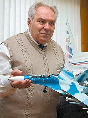 Mikhail Simonov - père des SU-27 Mikhai10