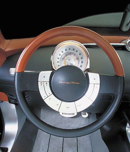 [Concepts] Les plus beaux concepts-car de 2000 à nos jours! - Page 3 2001fo14