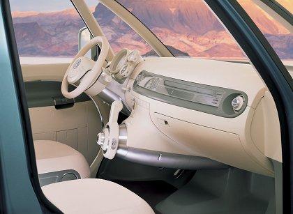 [Concepts] Les plus beaux concepts-car de 2000 à nos jours! - Page 2 2001vw14