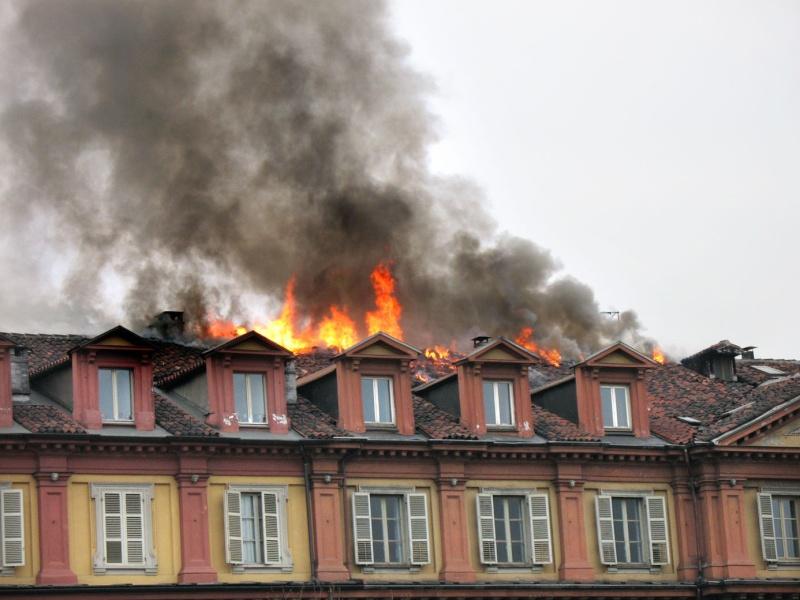 incendio tetto 311
