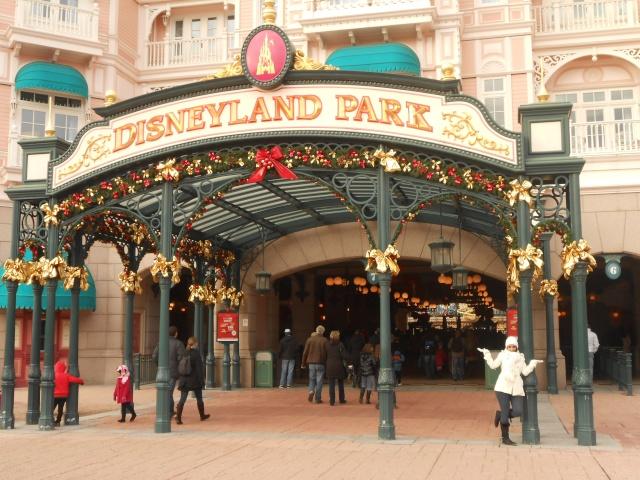 TR [Terminé - Episode 11 - The Final, posté] d'un séjour magique à Disneyland Paris - Sequoia Lodge - du 30/12/12 au 2/01/13  - Page 16 Dscn1240