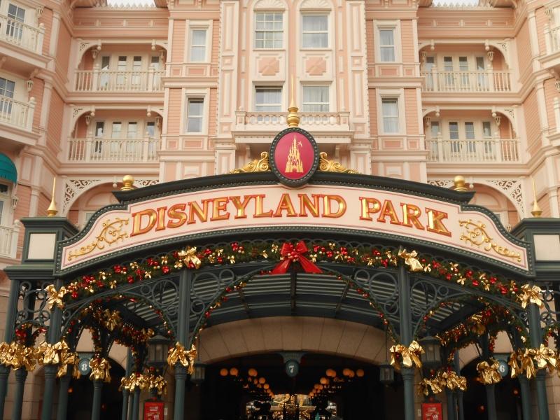TR [Terminé - Episode 11 - The Final, posté] d'un séjour magique à Disneyland Paris - Sequoia Lodge - du 30/12/12 au 2/01/13  - Page 16 Dscn1241