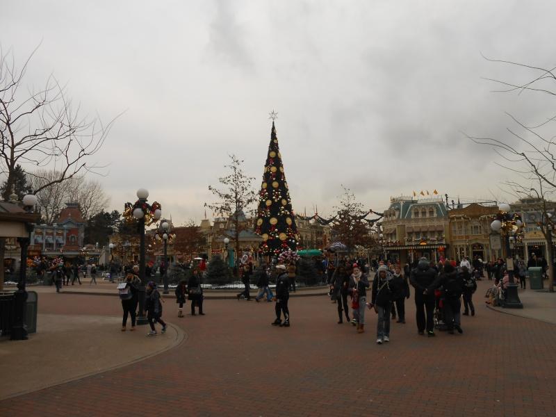 TR [Terminé - Episode 11 - The Final, posté] d'un séjour magique à Disneyland Paris - Sequoia Lodge - du 30/12/12 au 2/01/13  - Page 16 Dscn1255