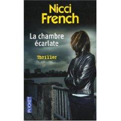 [French, Nicci] La chambre écarlate La_cha12