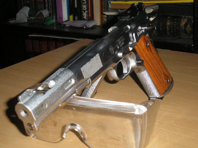 Colt Jim Boland 38-super P3260012
