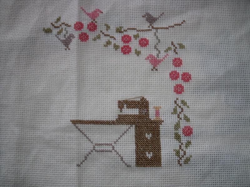 """""""sous les roses"""" de zaza pique  Dscf2228"""
