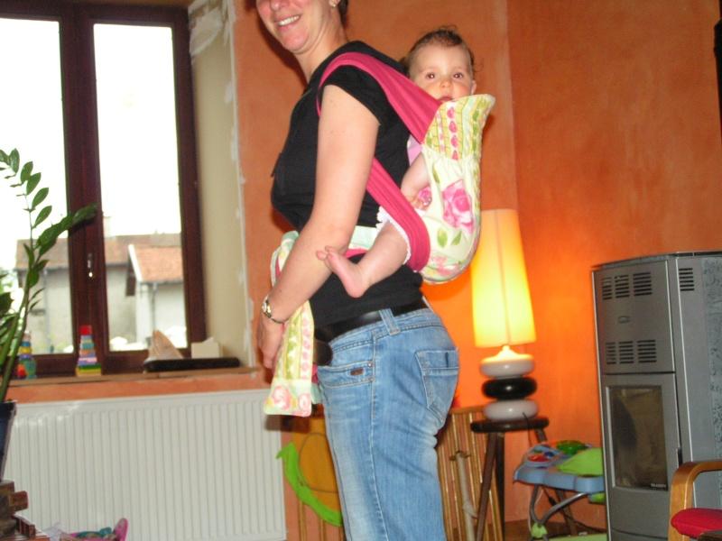 Les portes-bébé du monde ou une alternative à l'écharpe - Page 3 Pict0011