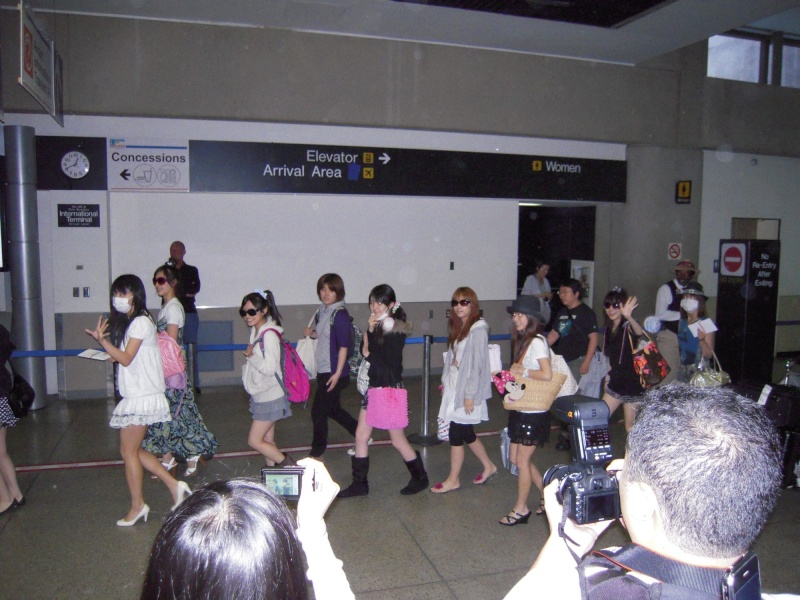 MORNING MUSUME IN LOS ANGELES 42673613