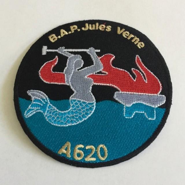 JULES VERNE (BA) - Page 21 011