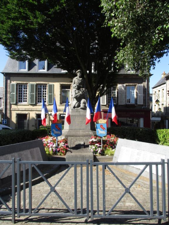 [ Histoires et histoire ] Monuments aux morts originaux Français Tome 2 - Page 14 1116