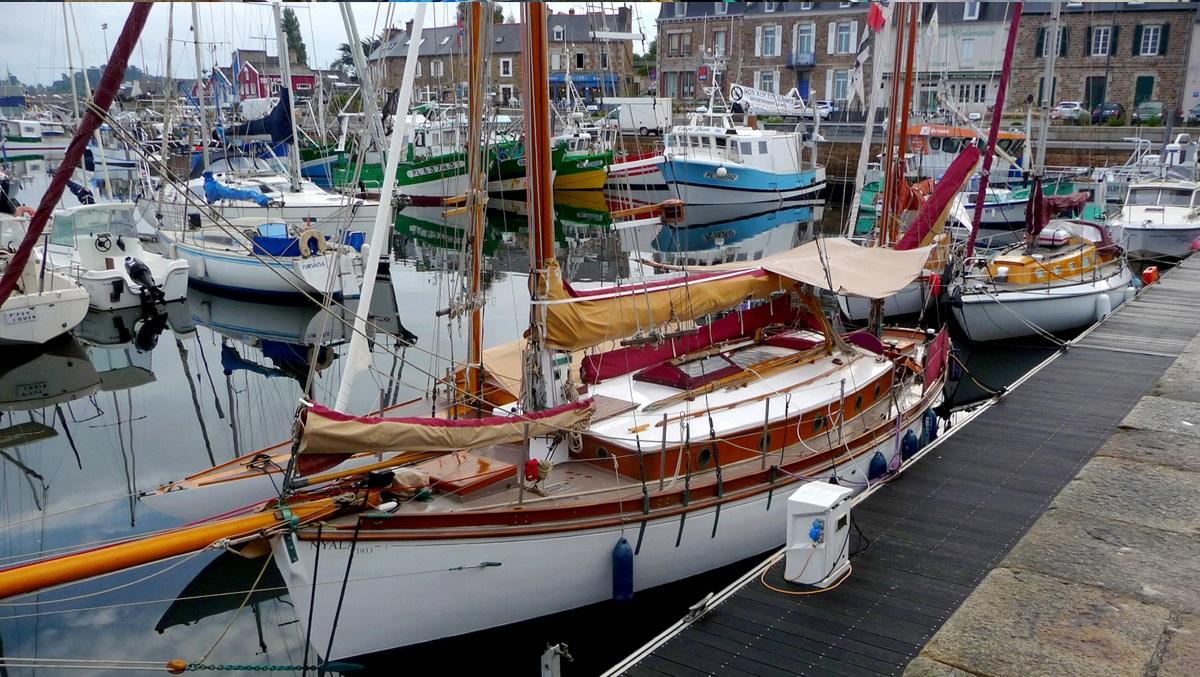 [VIE DES PORTS] Quelques bateaux de pêche (sur nos côtes Françaises) - Page 12 2159