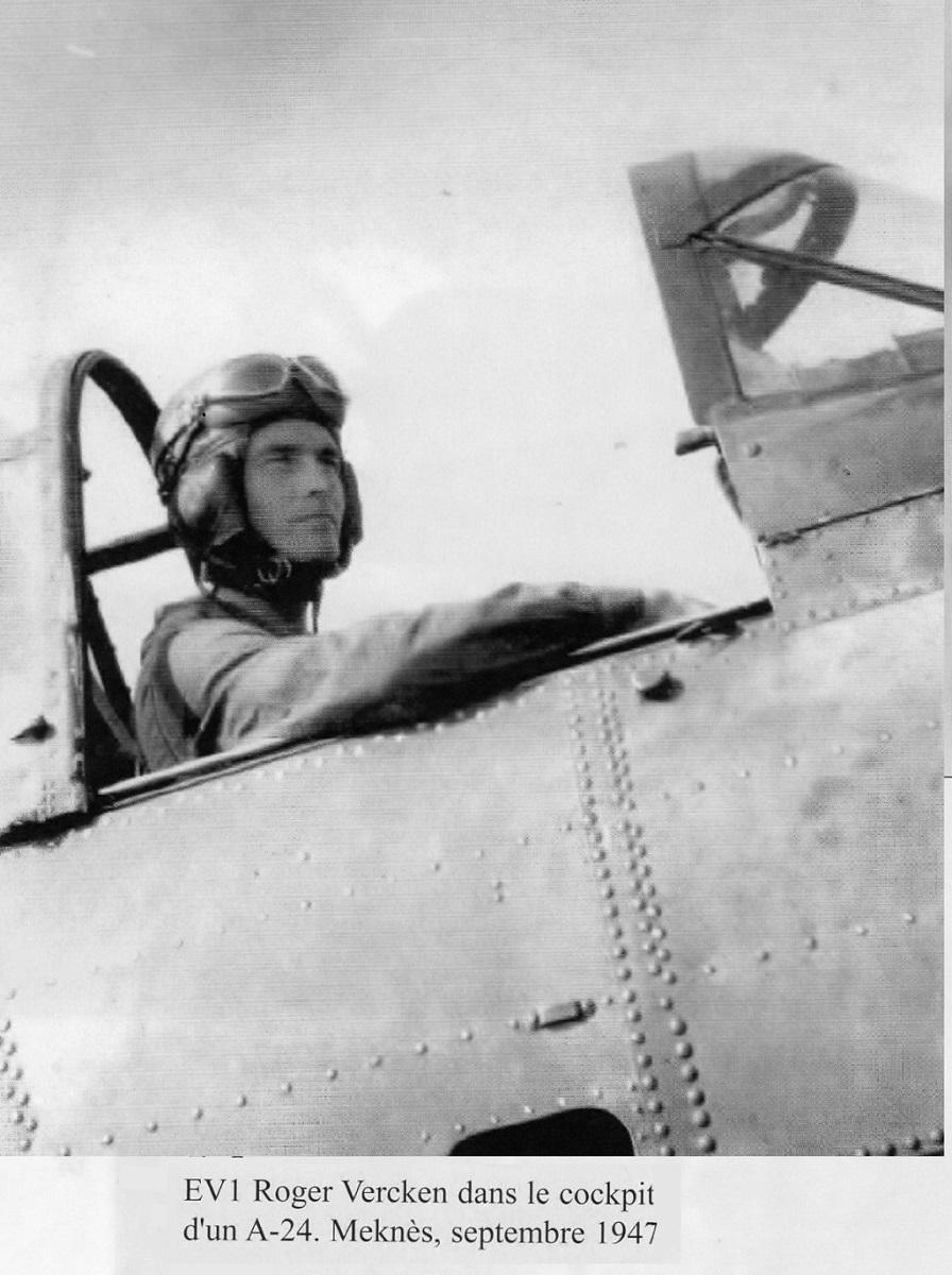 [Les anciens avions de l'aéro] Douglas SBD-5 Dauntless Momo275