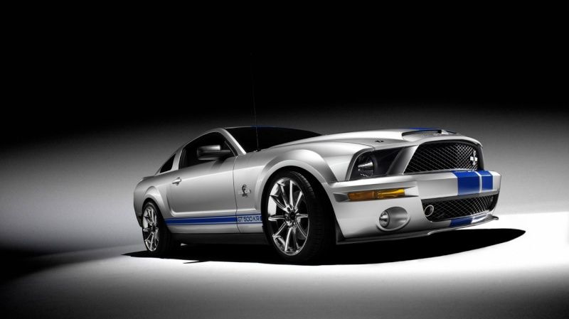 Ford Mustang´s 1-200810