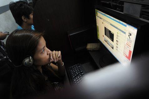 Birmanie, l'internet dangereusement civilisé 52383910