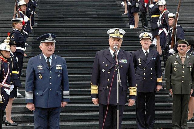 Comenzó cumbre militar Argentina-Brasil A3f5a510