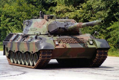 Ahora se pusieron de moda los tanques Zleopa10