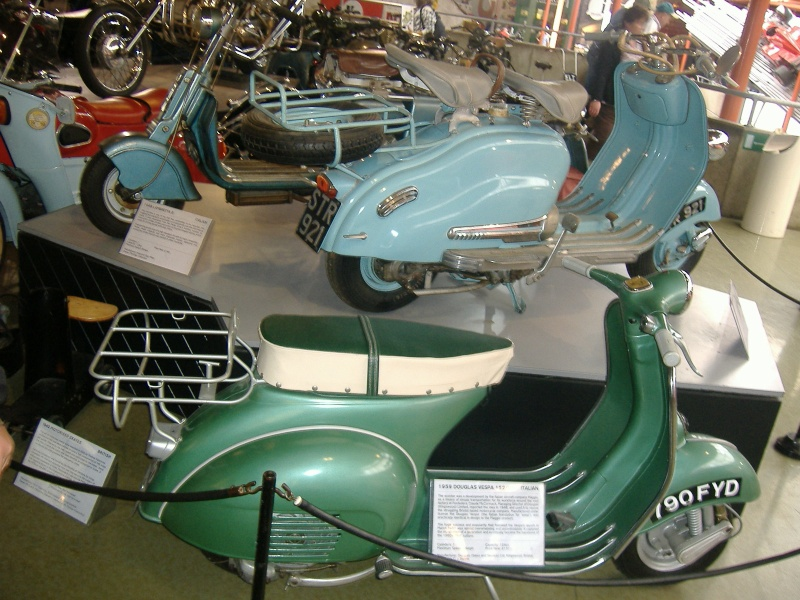 scooter sur la place de Wimereux Dscf4510