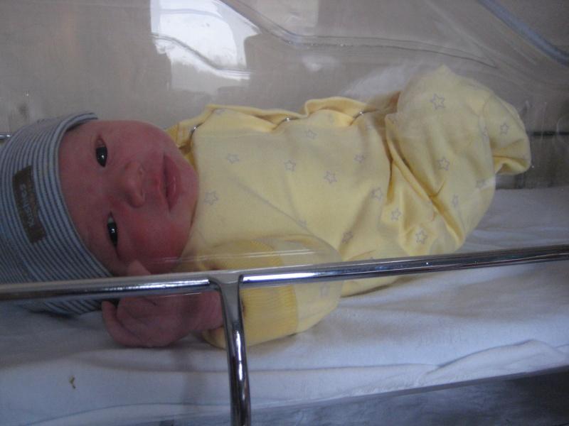 Mon petit Arthur est né au petit matin du 28 octobre! Img_6610