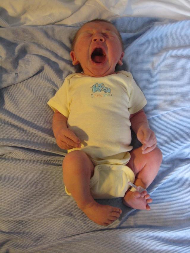 Mon petit Arthur est né au petit matin du 28 octobre! Img_6613