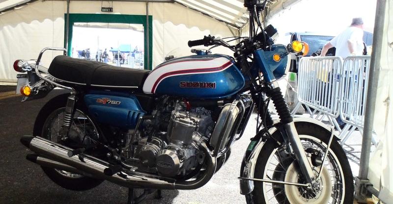 5 eme grand prix moto classic de VICHY Sam_4911